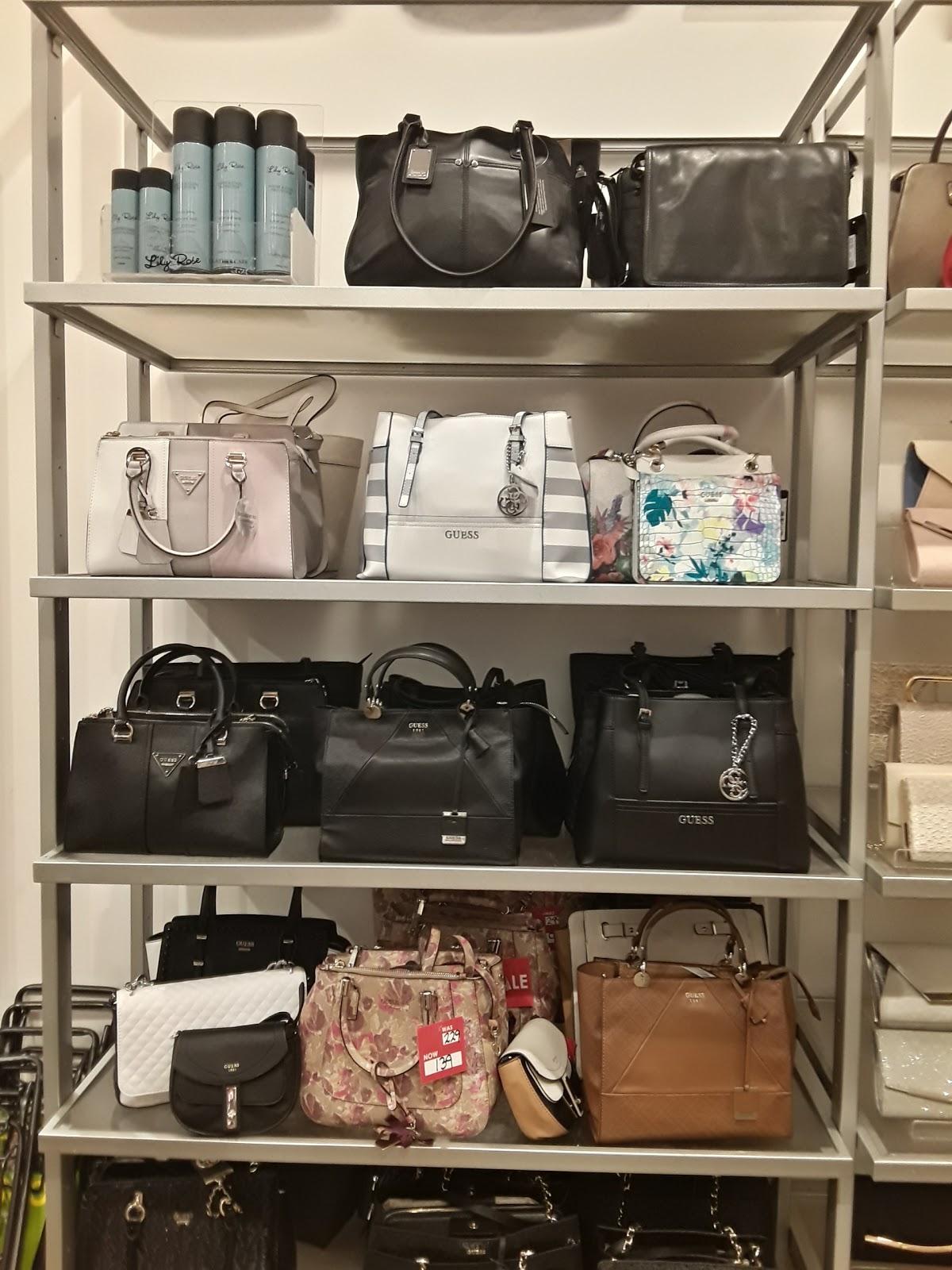 264ce68167f01d Guess Handbags Strandbags | Handbag Reviews 2018